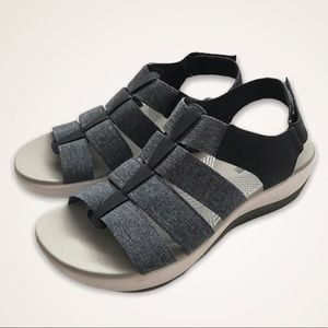 Clarks Cloudsteppers Arla Shaylie Velcro Sandals